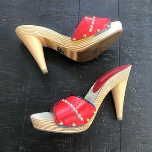 Betsy johnson red strap wooden heels Sz 8M